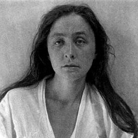 Georgia O'Keeffe, 1918 as photographed by Alfred Stieglitz.