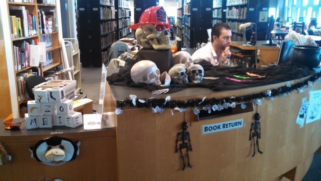 Bone collecting circulation desk.